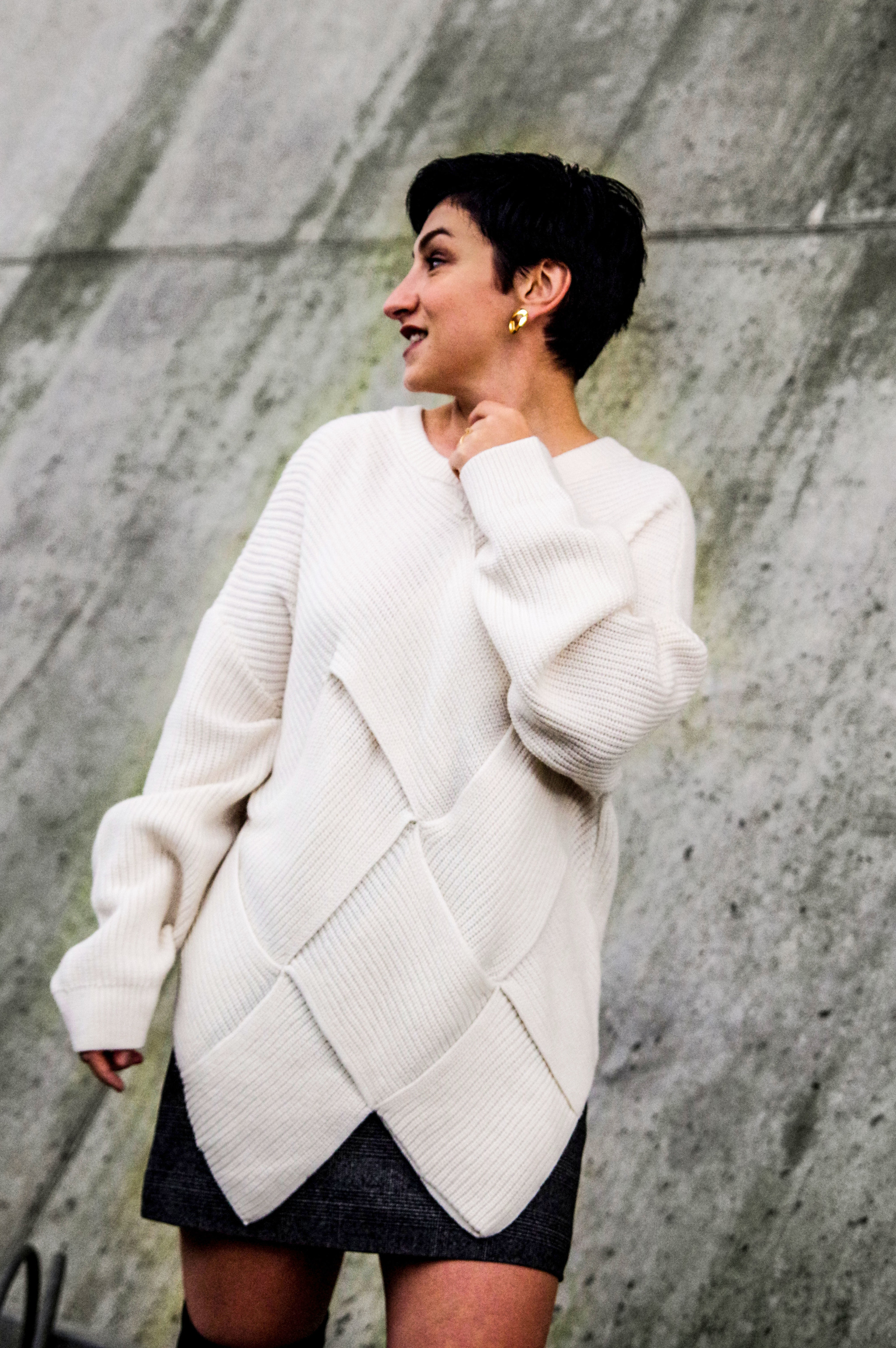 white sweater, fall winter outfits, women fashion, outfits of the day, look of the day mihabalan.com