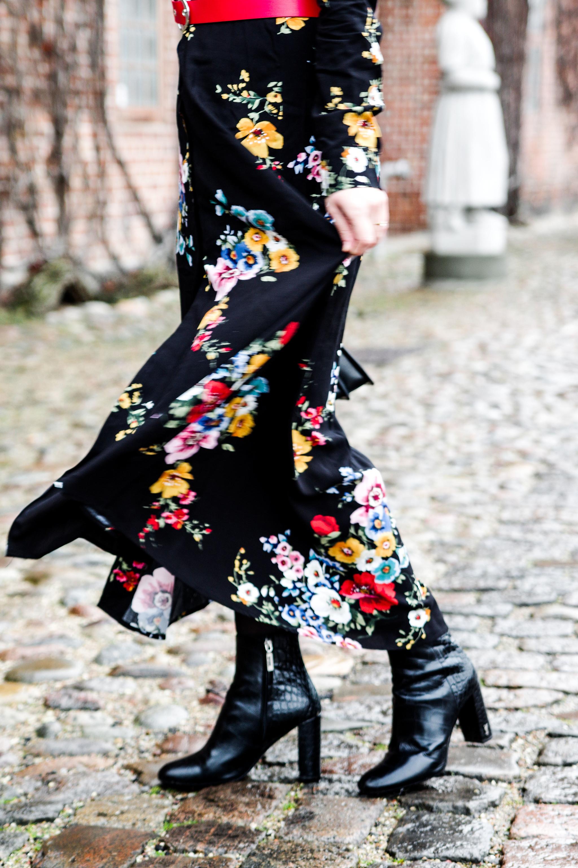 details floral dressdetails floral dress