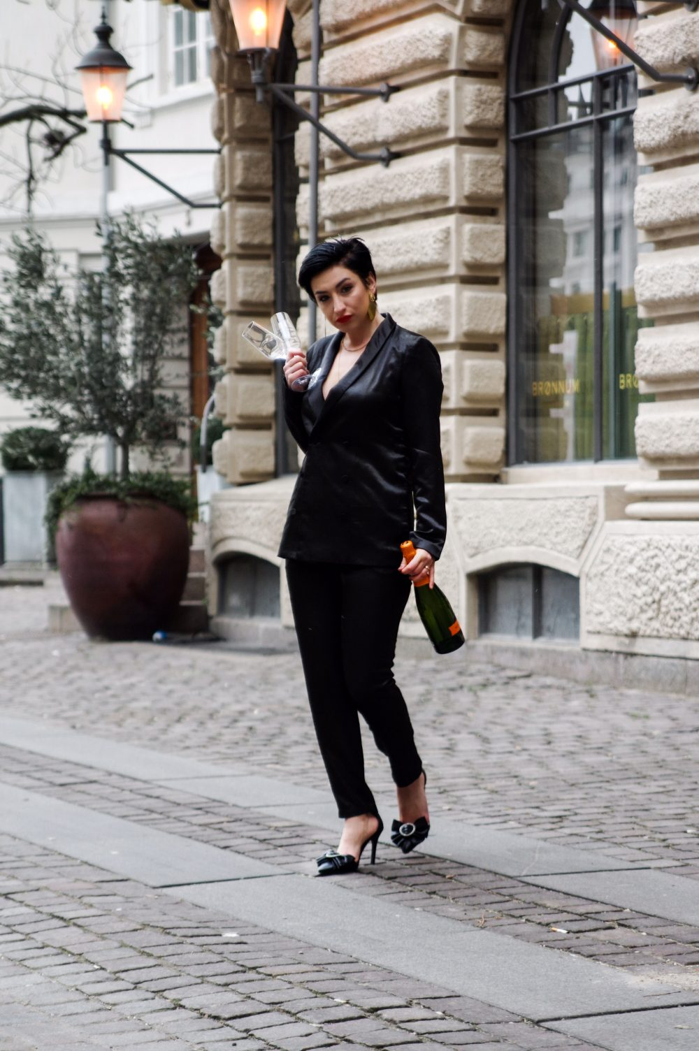 valentines day outfit, black satin suit, date night wear, evening wear, short hairstyle 5