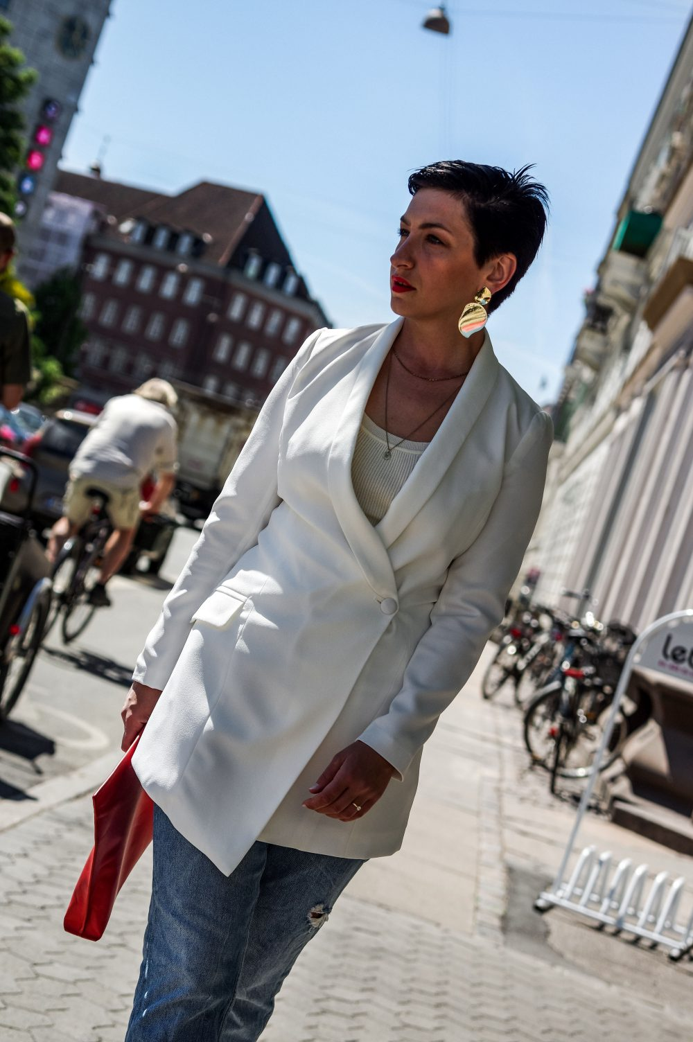work wear, white blazer, spring outfit idea, how to make a great first impression at work or in life2