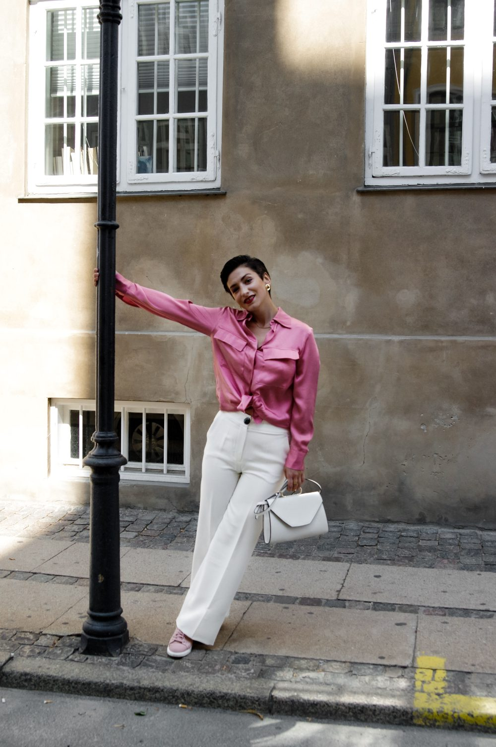 summer-satin-shirt-10-summer-shirts-and-blouses-for-work-and-casual-summer-outfit-summer-fashion-2018-work-wear-outfit-casual-summer-outfit-